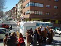 Roceños acudiendo a revisarse la vista en la pasada campaña. Foto: Ayuntamiento de Las Rozas