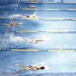 Natación en la piscina de Navalcarbón